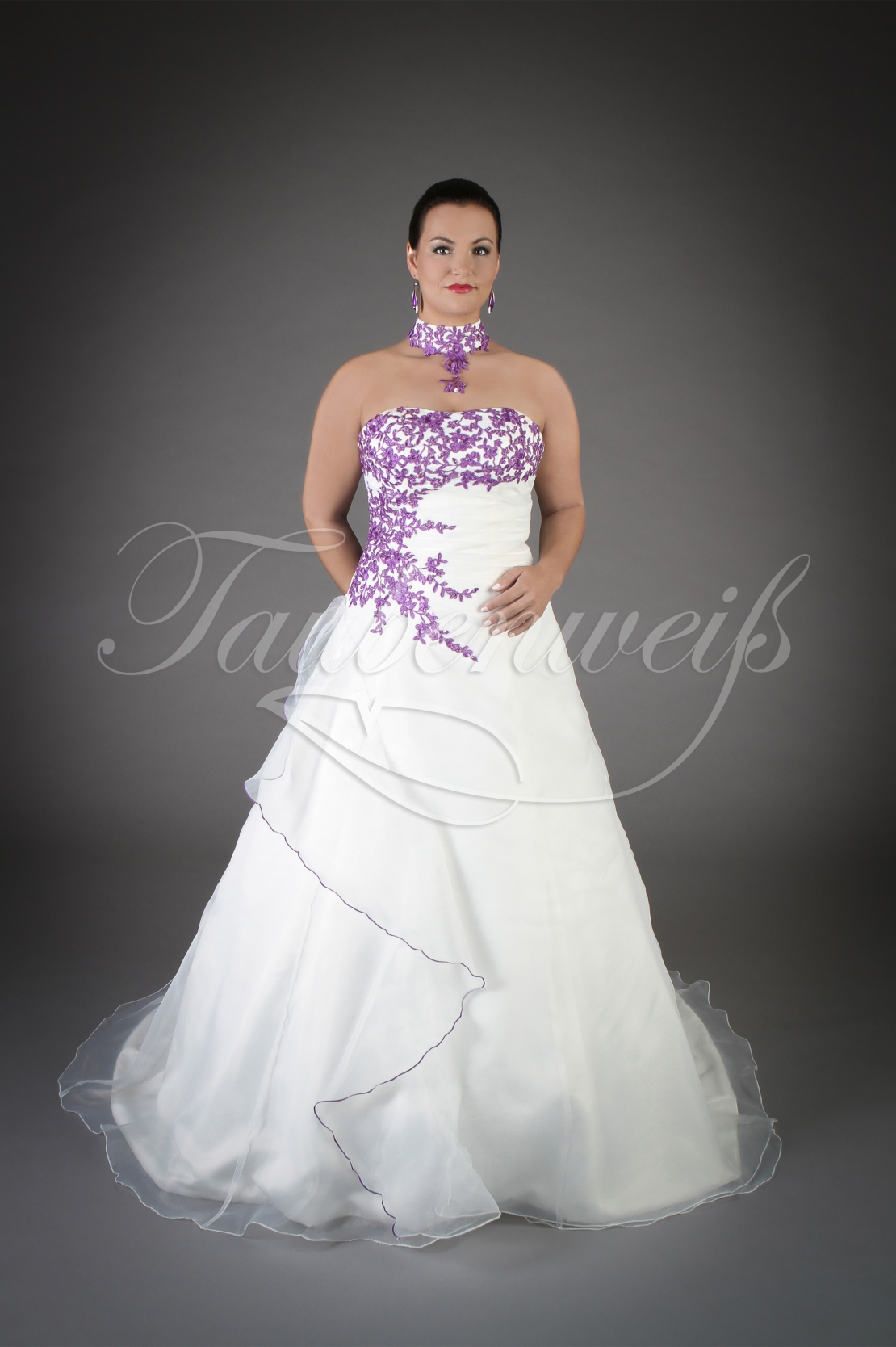 Wedding dress TW10B - Wedding dress TW10B A-Line organza purple  appliques train lace-up style necklace